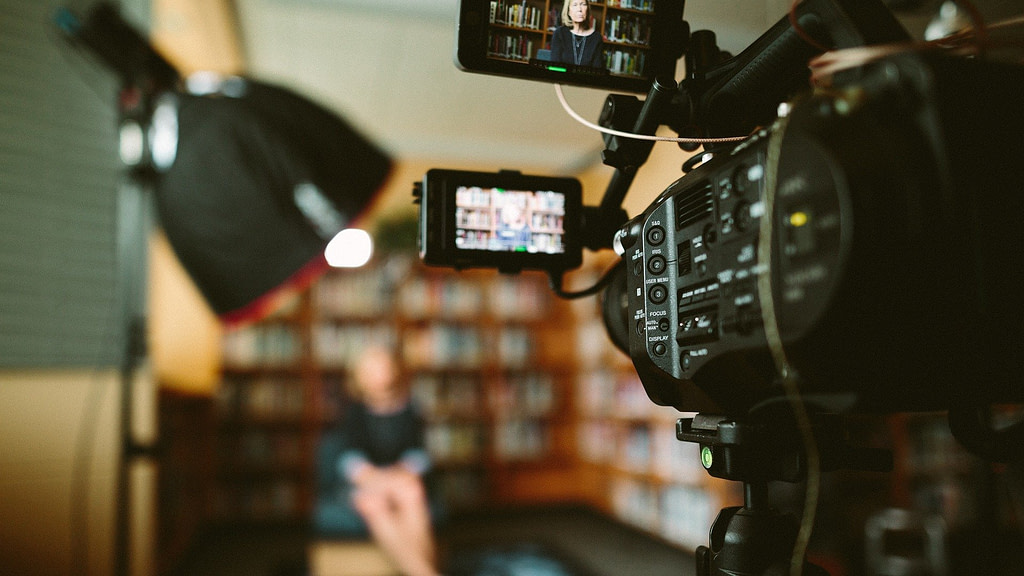 business video blogging